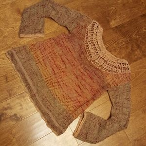 Free People delicate top,earth tone color